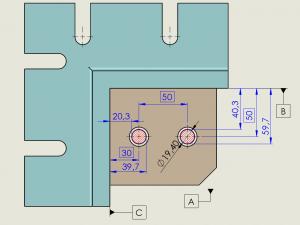 Fig. 4 - La condizione virtuale rappresenta il contorno interno del foro da non violare (è anche la dimensione del calibro funzionale). La dimensione virtuale è una quantità costante (19,4) ottenuta sottraendo la tolleranza (0.4) dalla dimensione di massimo materiale (19,8 mm). Il controllo con macchina CMM dovrà quindi evitare che il contorno del foro violi l'Inner Boundary, le cui distanze dai riferimenti possono essere ottenute facilmente.