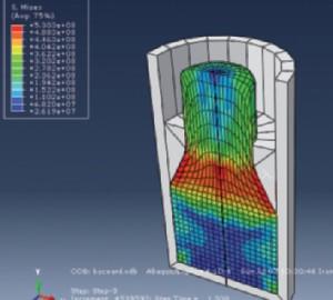 Fig. 1 – Le simulazioni a elementi fi niti contribuiscono a migliorare la progettazione delle lavorazioni per deformazioni plastica.